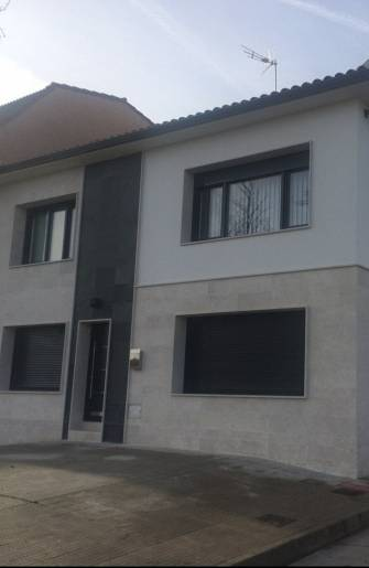 Navarro housing design